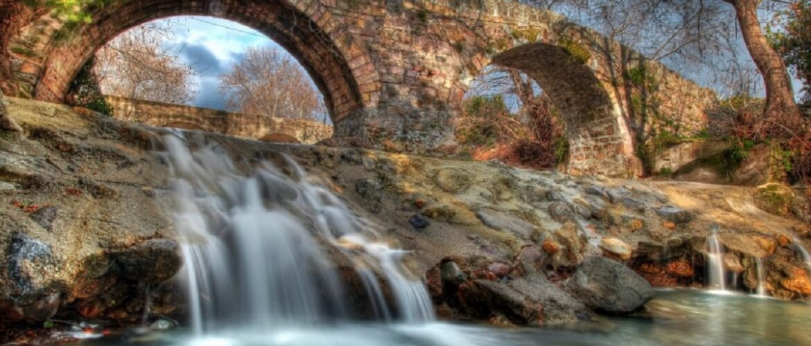 (Greek) Lesvos-Stone bridge in Parakoila
