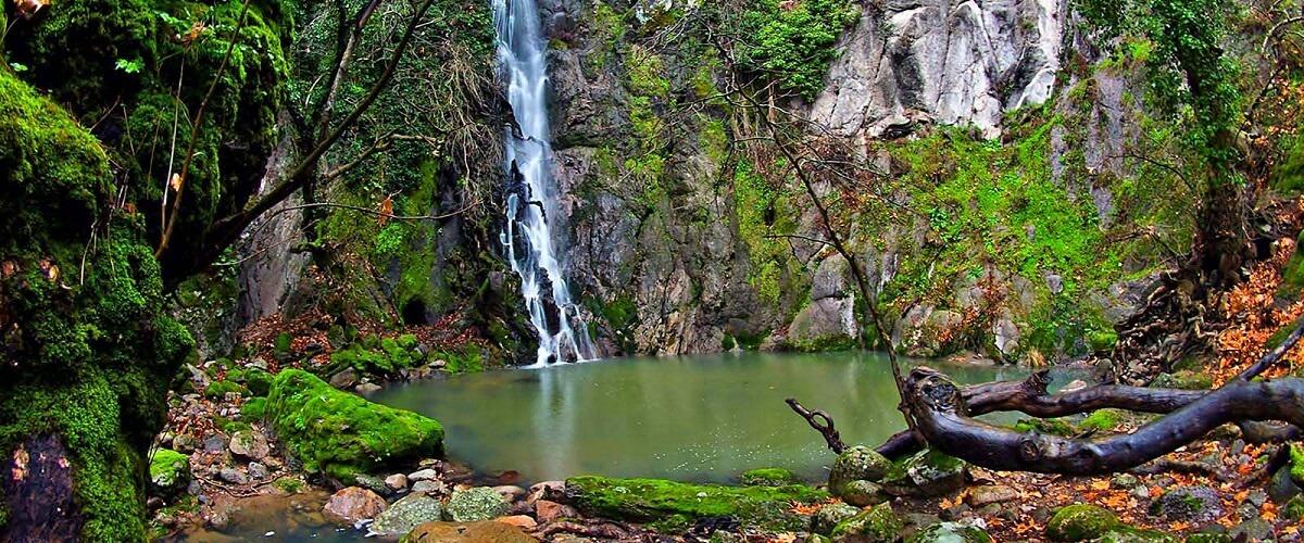 Lesvos-Waterfall-in-Klapados