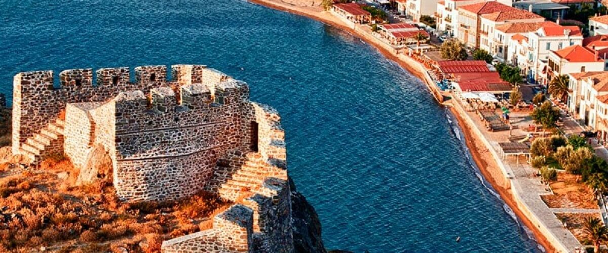Limnos-View of Romaiikos Gyalos from the castle of Myrina